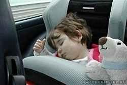 Комфорт и безопасность ребенка в автомобиле
