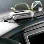 Неопытный вор забыл сотовый в ограбленном автомобиле