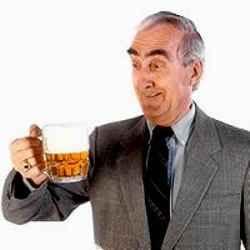 Пожилые люди более чувствительны к алкоголю