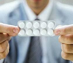 Аспирин вызывает кровоизлияния в мозге пожилых людей