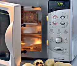 Микроволновая печь: правила безопасности