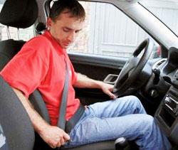 Нужно ли пристегиваться в автомобиле?